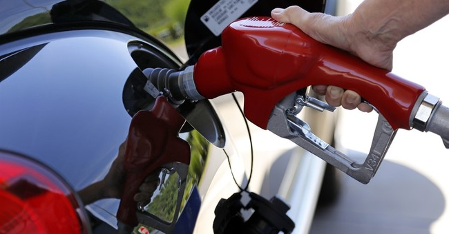US says autos can meet 2025 fuel economy targets