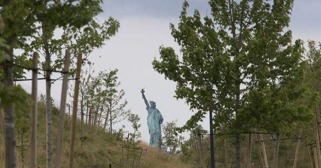 New, man-made hills on NYC island offer spectacular views