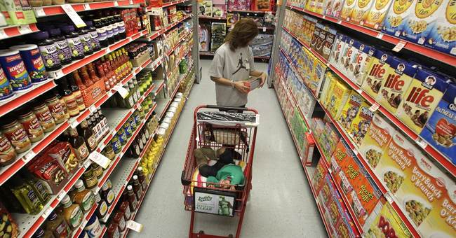 Roving candy, cookie towers: How supermarkets sway shoppers
