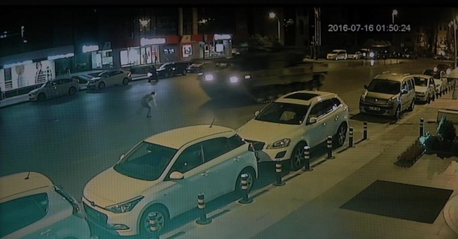 Turk defies tanks, and survives, in coup video footage