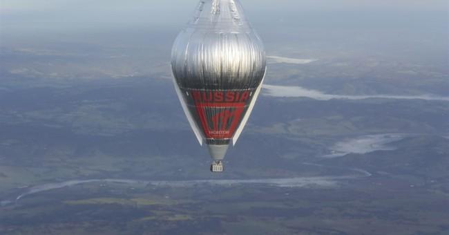 Russian balloonist circling globe crosses Australian coast