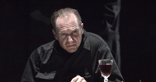 Real-life dramas echo in Ralph Fiennes' 'Richard III'