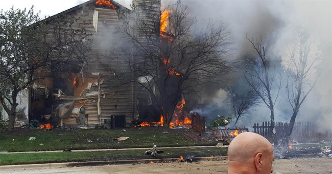 Authorities: Plane crash in northern Illinois city kills 1