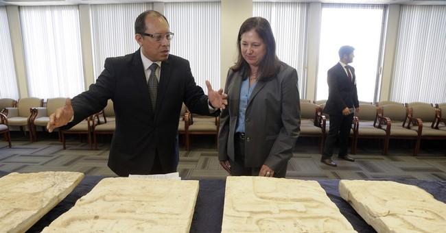 Mayan artifacts to be returned by US to Guatemala