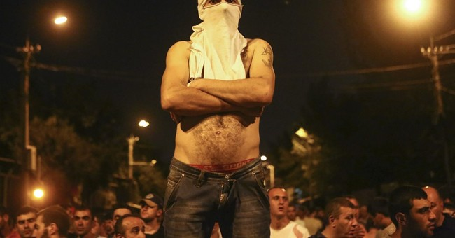 Mediator: Yerevan police hostages released