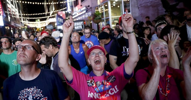 The Latest: 2,800 out-of-town officers part of RNC security