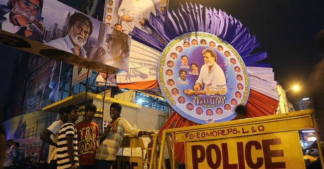 Premiere of Rajinikanth film creates holiday mood in India