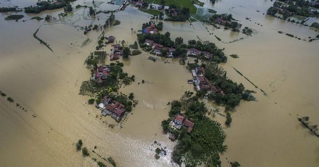Floods kill 78 across China, 91 missing, 400,000 evacuated