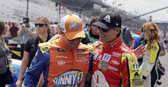 Kyle Busch stays hot at Indy by taking Brickyard 400 pole