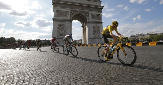 'Vive la France': Froome makes emotional Tour victory speech