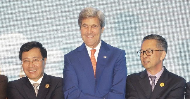 Kerry meets Southeast Asia ministers after Chinese win