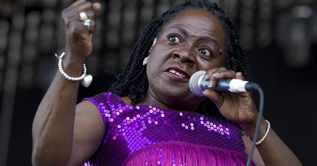 The show goes on for cancer-stricken Sharon Jones