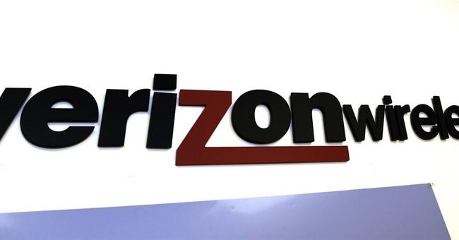 Verizon 2Q profit hurt by strike; revenue disappoints