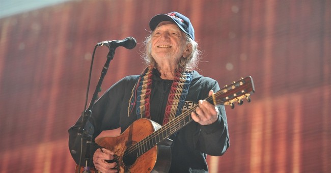 Willie Nelson launches festival; Neil Young, Crow to perform