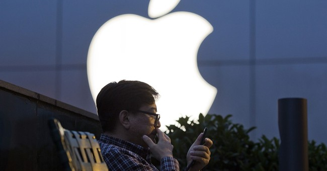 As iPhone sale sag, Apple touts apps and services instead