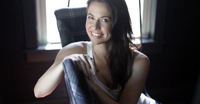 Singer Joy Williams gets acting bug after Showtime role