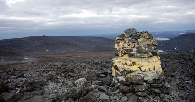 Norway mulls giving mountain peak to Finland