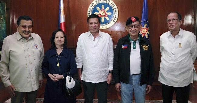 5 Philippine leaders, often rivals, unite to discuss China