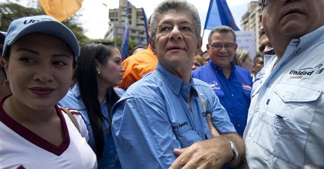 Venezuela critics press for progress on presidential recall