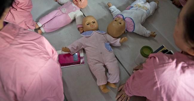 AP PHOTOS: China's maternity matrons gird for mini-baby boom