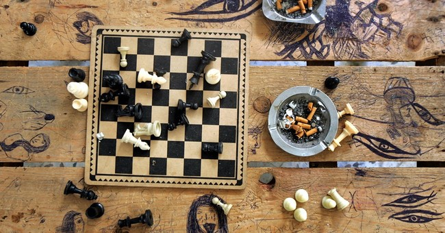 Twitter erupts after Saudi cleric says chess is forbidden