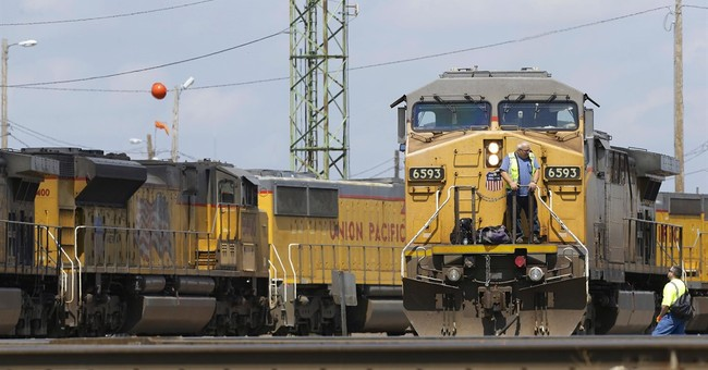 Union Pacific 4Q profit falls 22 pct as freight volume slows