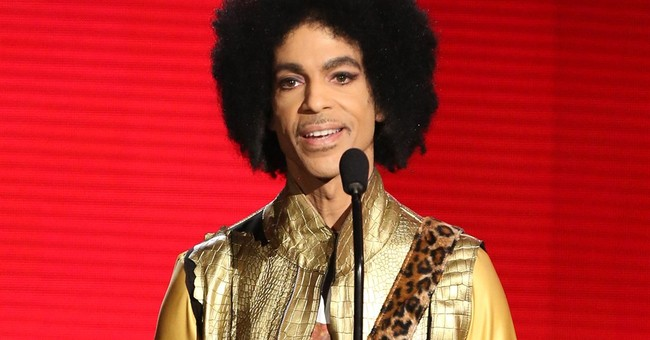 APNewsBreak: Official Prince tribute concert set for October