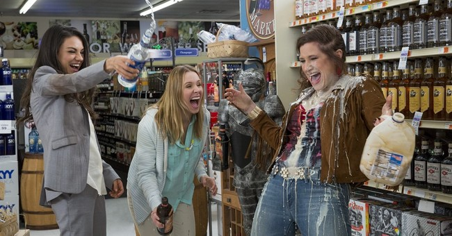 Review: 'Bad Moms' flirts with anarchy, comes up short