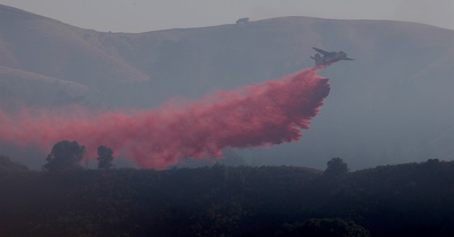 Wildfire sparks decline in tourism business in Big Sur