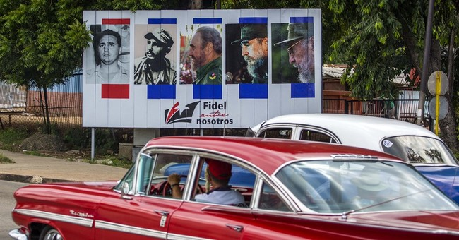 At 90, Fidel Castro is symbol of Cuban resistance to change