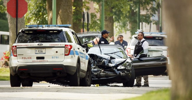 2 Chicago officers in deadly shooting relieved of powers