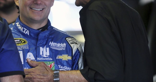 Jeff Gordon willing to sub for Earnhardt as long as needed