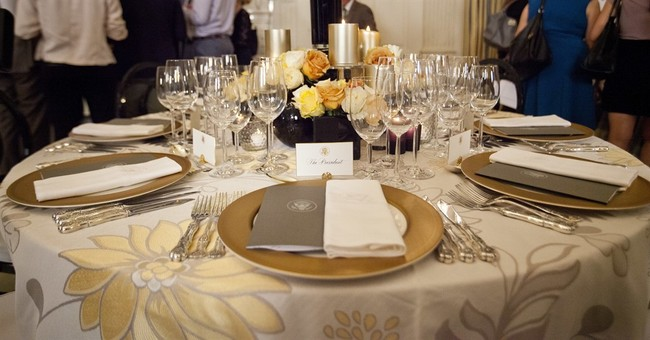 White House Singapore state dinner: Beef, and yellow flowers