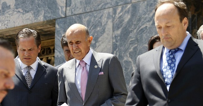 Ex-Los Angeles sheriff opts for trial in corruption case