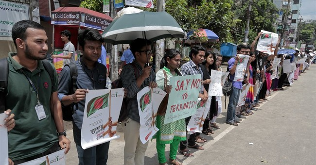 Students in Bangladesh protest rise of Islamic extremism