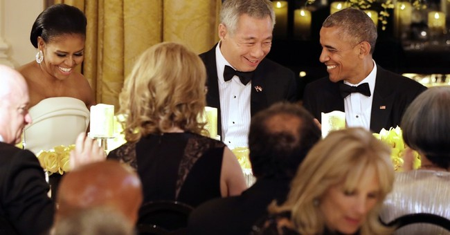 Singapore leader's day at White House _ as Instagram shooter