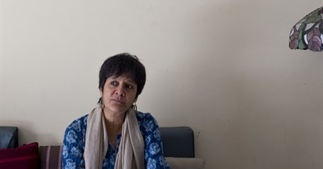 Battle within tiny Indian Muslim sect on circumcising girls