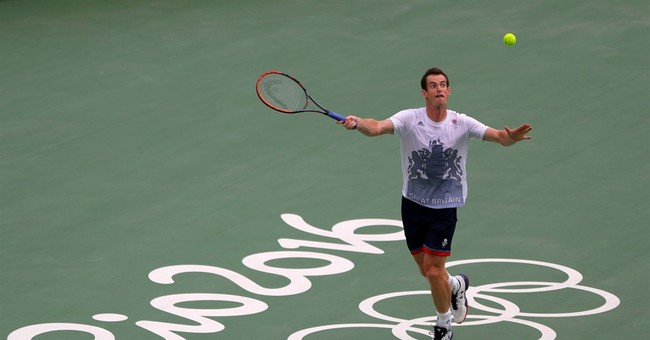 'Don't poke my eye out': Murray needs flag practice in Rio