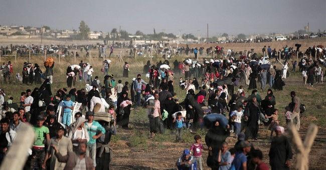 US poised to hit Obama's target of 10,000 Syrian refugees