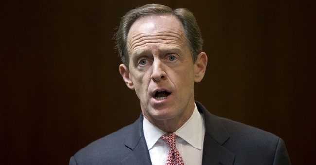 GOP Sen. Toomey banking on split-ticket voting in Pa. race