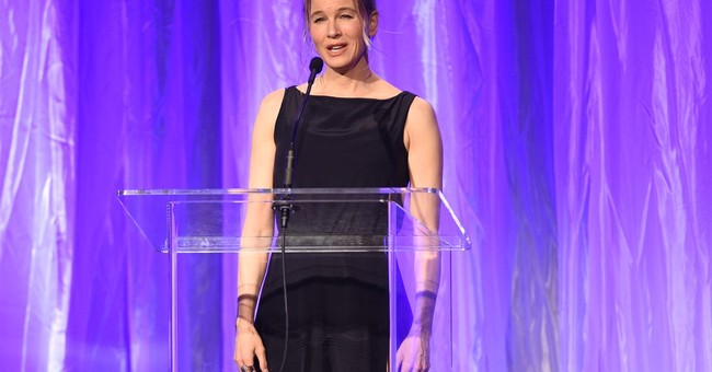 Zellweger responds to media gossip about her looks in essay