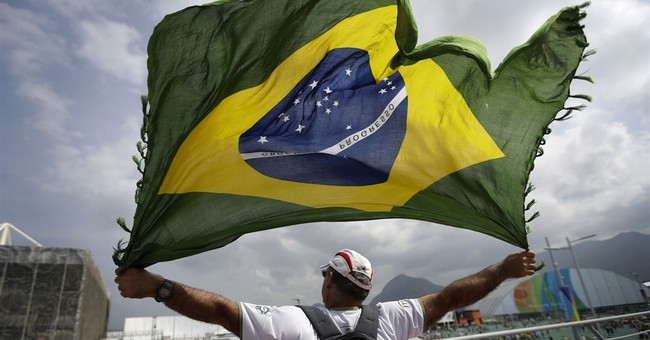 Whipping winds affect day 2 of Rio Games