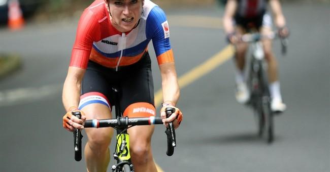 Dutch cyclist van Vleuten fractures spine during crash