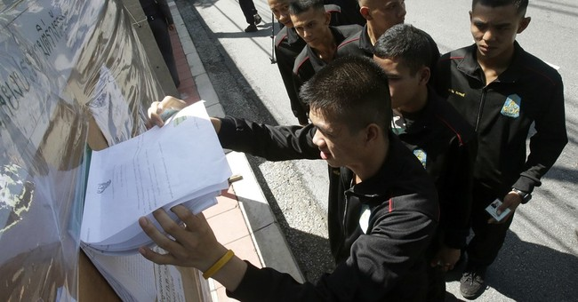 Key restrictions in referendum imposed by Thai military