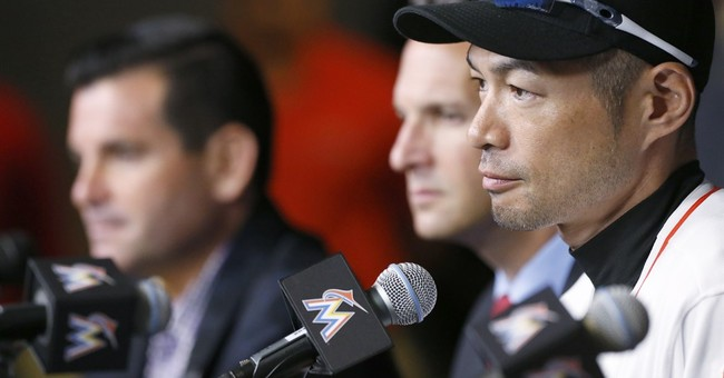 Ichiro Suzuki donates 3,000-hit souvenirs to Hall of Fame