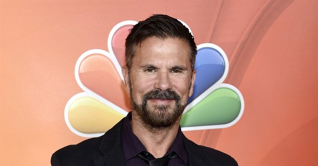 Lorenzo Lamas to hit a New York stage in 'The Fantasticks'