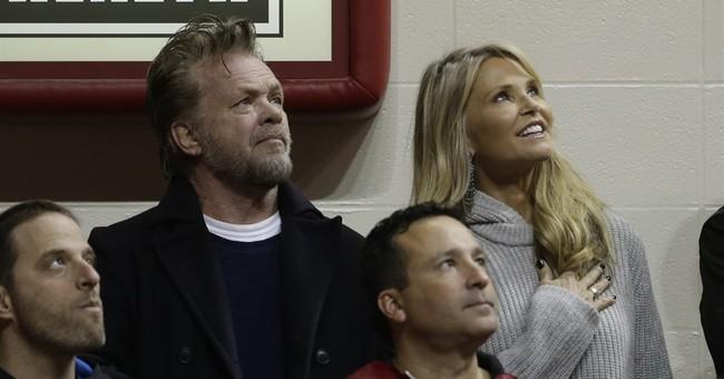 Christie Brinkley and John Mellencamp announce breakup