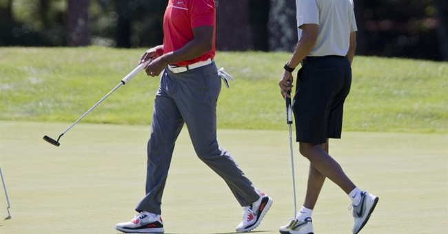 Golf sets the pace for Obama's first days on vacation