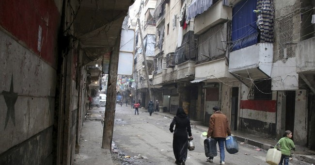 Russia strikes IS-held city in Syria amid Aleppo fight