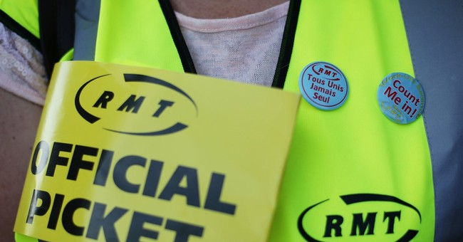 Union suspends Eurostar strike, citing progress in talks